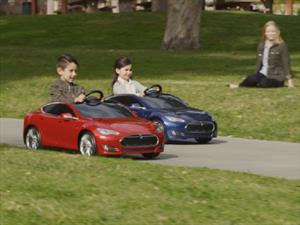 Tesla Model S for Kids by Radio Flyer, el auto eléctrico para niños