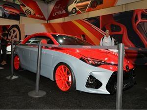 Toyota Corolla por Cartel Customs, de sedán a coupé