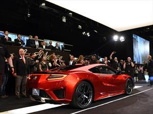 Acura NSX 2017 No 1 es subastado en $1.2 millones de dólares