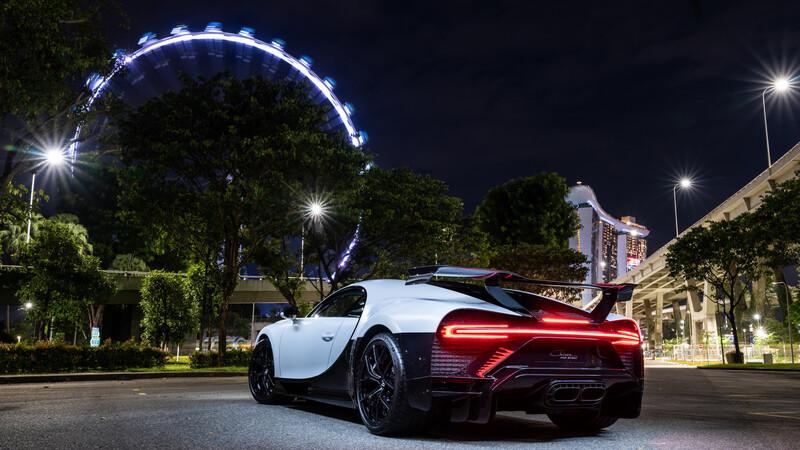 Bugatti inaugura sala de exhibición en Singapur con un Chiron Pur Sport como anfitrión