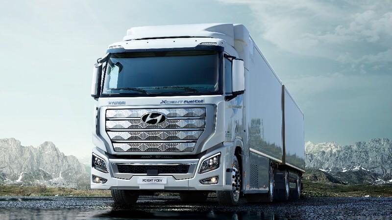 Hyundai Xcient Fuel Cell es el primer camión de celda de combustible de hidrógeno