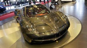 Pagani Huayra Carbon Edition debuta en Ginebra