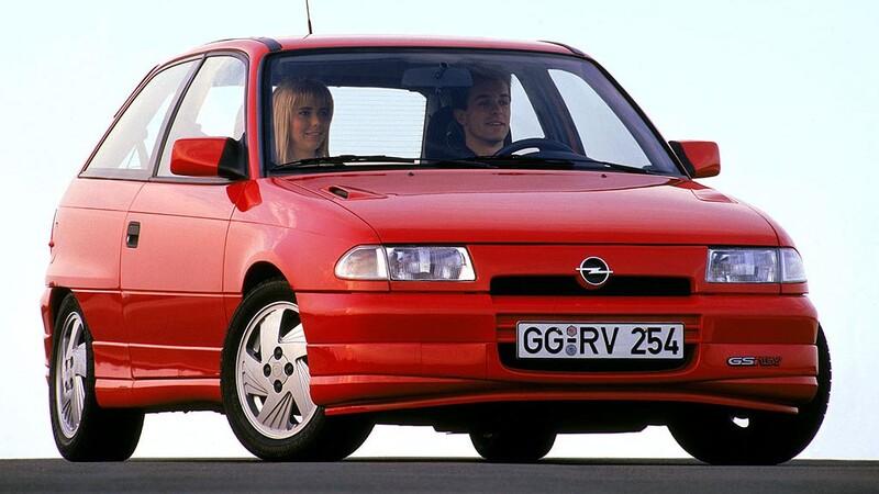 Opel Astra celebra 30 años de vida