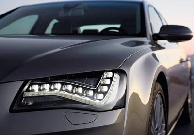 Audi A8 2010: Culto al lujo y a la tecnología