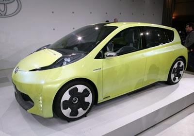 Toyota FT-CH hybrid Concept se presenta en el Salón de Detroit 2010