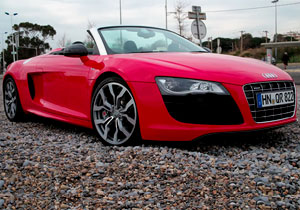 El Audi R8 V10 recibe el premio World Performance Car 2010