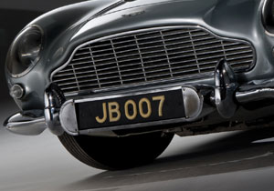 El Aston Martin DB5 de James Bond se subastará