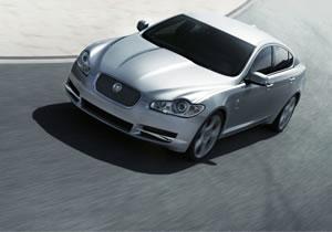 Jaguar XF y XK llamados a revisión