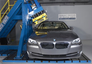 BMW Serie 5 Sedán obtiene el Premio Top Safety Pick 2010