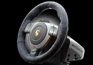 Volante Fanatec Porsche 911 GT2, réplica para el uso en videojuegos