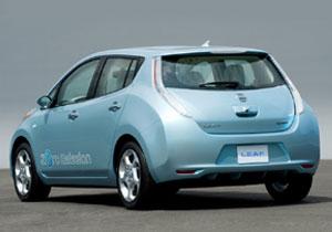 Entregan trofeo del Auto del Año Europeo 2011 al Nissan LEAF