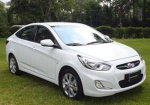 Hyundai Accent 2012, primer contacto