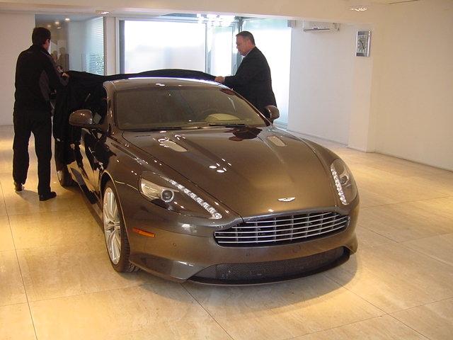Aston Martin Virage: Llega a Chile