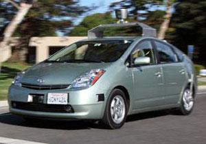 Google desarrolla autos que se conducen solos