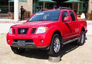 Nissan Frontier V6 Pro-4X llega a México desde $396,600