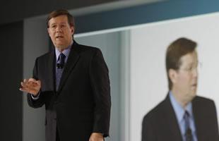 Somos víctimas de nuestro crecimiento - Jim Lentz CEO Toyota USA