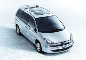 El Peugeot 807 suma nuevos contenidos