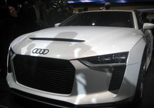 Audi Quattro Concept debuta en París 2010