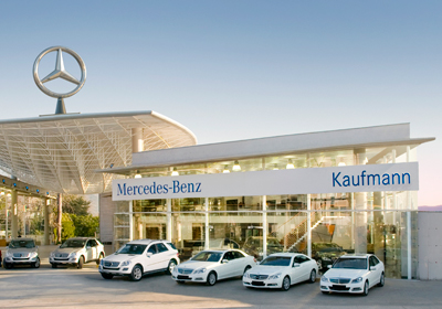 Kaufmann inauguró Mercedes Center La Dehesa