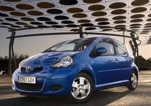 Toyota e Hino: si tomás no manejás