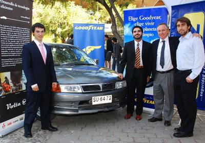 Goodyear apoya a jóvenes en proyecto de auto eléctrico