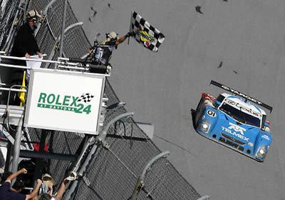 Pruett, Montoya y Durán, ganan en la Rolex 24 de Daytona
