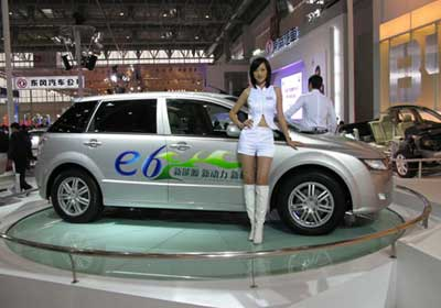 BYD e6 Elec: monovolumen con motor eléctrico