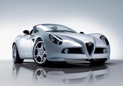 Alfa Romeo 8C Spider 2008: para escuchar al viento