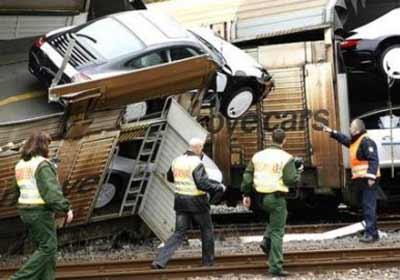 Porsches aplastados por trenes