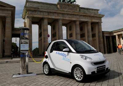 """Smart ForTwo Electric Drive: Proyecto """"e-mobility Berlín"""""""