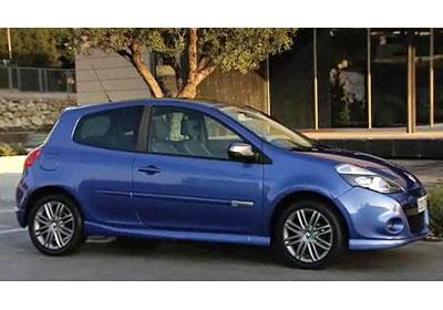 Renault Clio lll: Estrenará su nueva imágen