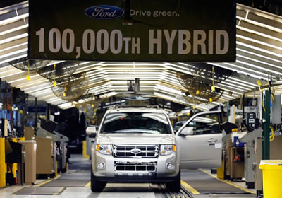 Ford produce la Escape Híbrida número 100,000
