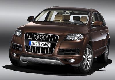 Audi Q7 recibe renovación de líneas y motor