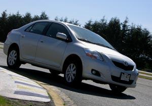 Toyota Yaris Sedán 2009 Parte I
