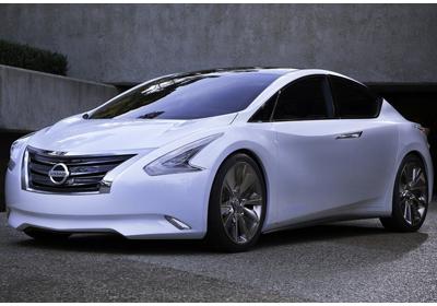 Nissan Ellure Concept: ¿La reinvención del Sedán?.