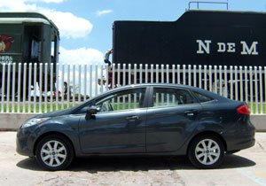 Nuevo Ford Fiesta Sedán SE 2011 a prueba