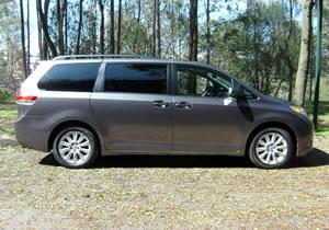 Toyota Sienna 2011 la minivan favorita