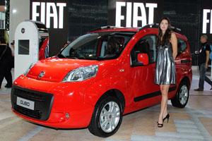 Fiat Qubo utilidad para la familia y el trabajo en el Salón de Buenos Aires