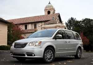 Chrysler Town and Country 2012 llega a México en el Concurso de la Elegancia 2011