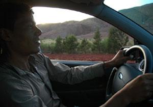 Tips para para manejar en carretera con climas cálidos