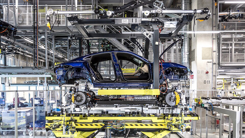 "Porsche se niega a que sus autos y SUVs lleven el sello de producción ""Made in China"""