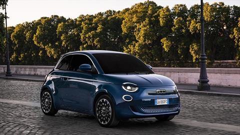 """FIAT 500 edición """"La Prima"""", un hatchback eléctrico cargado de asistentes al conductor"""