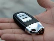 ¿Por qué se deben guardar las llaves del auto en latas?