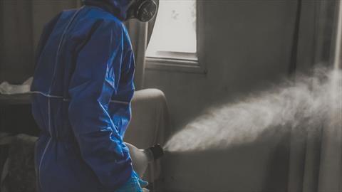 ¿Es bueno desinfectar el interior automóvil con ozono?