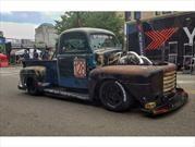 Old Smokey F1 por Chuckles Garage es un Ford F1 1949 dotado de 1,200 hp