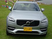 Volvo XC90: Tecnología y seguridad en movimiento