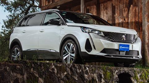 Manejamos el Peugeot 5008 2022
