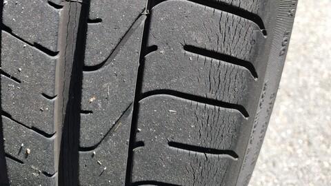 ¿Qué pasa cuando los neumáticos se agrietan?