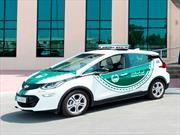 Policía de Dubái obtiene un Chevrolet Bolt para su flota de patrullas