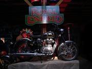 Royal Enfield se lanza en Chile con tres auténticas motos vieja escuela